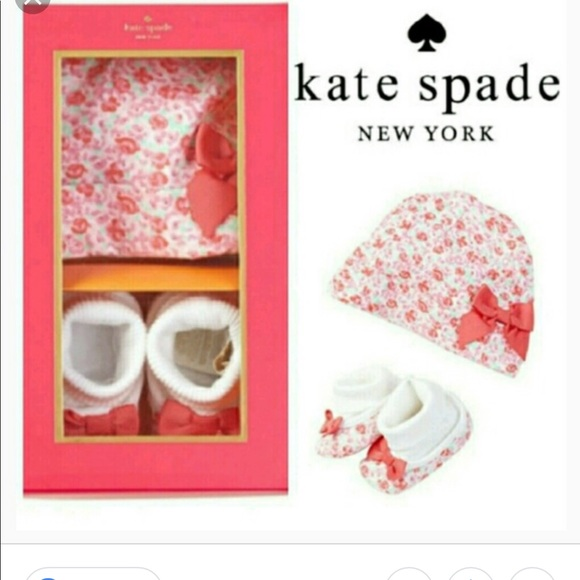kate spade Other - Kate Spade cap & bootie gift set